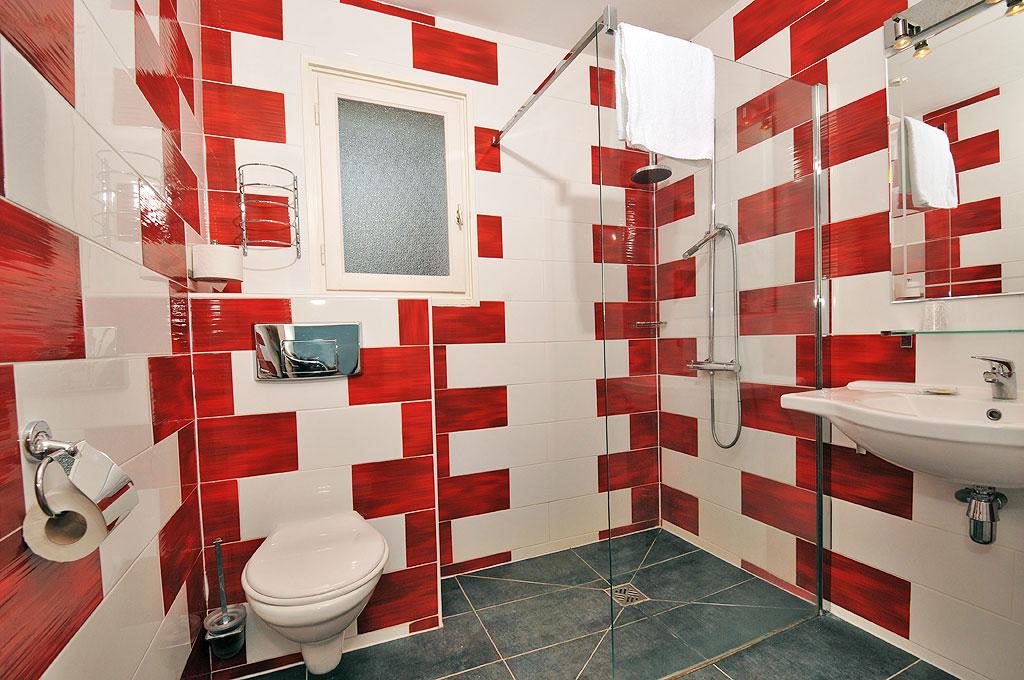 h tel le rond point h tels hossegor. Black Bedroom Furniture Sets. Home Design Ideas