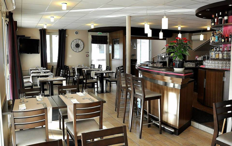 le fin bistrot restaurants lit et mixe. Black Bedroom Furniture Sets. Home Design Ideas